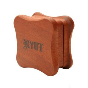 RYOT Fly Wood Grinder – גריינדר עץ