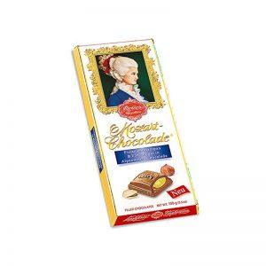 שוקולד במילוי פיסטוק ואגוזי לוז Reber