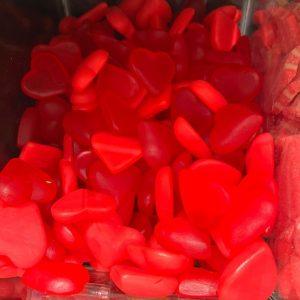 גומי לב אדום במשקל